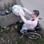 PRIMER ZA SVE: Mladi Temštani očistili tri kilometra puta od smeća