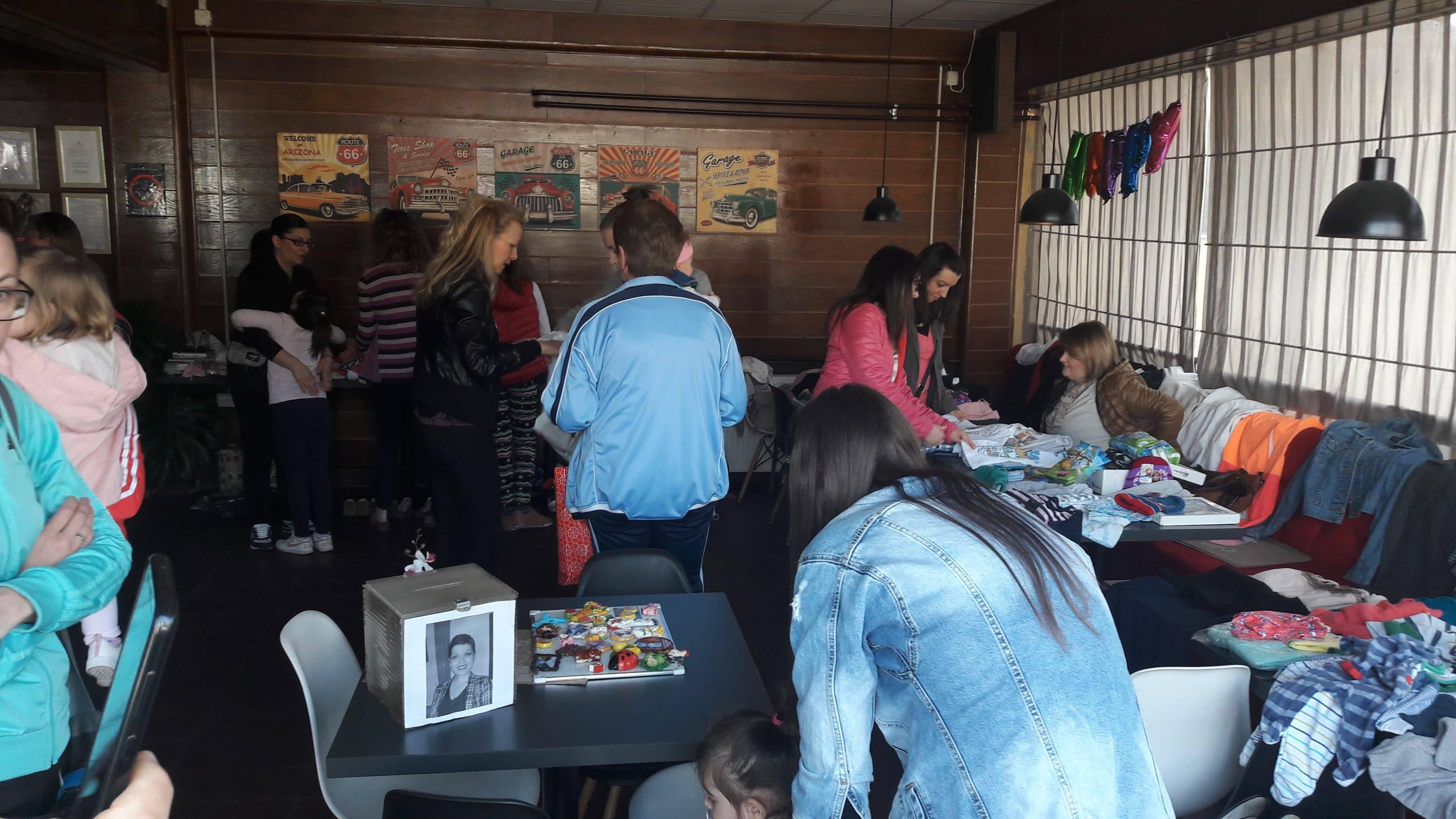 Photo of Uspešan humanitarni bazar za pomoć Snežani Đorđević, uskoro akcija za pomoć Jeleni Nedeljković