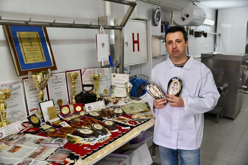Photo of Pirotska peglana – Boemska potkovica u rafovima Rode, Merkatora…