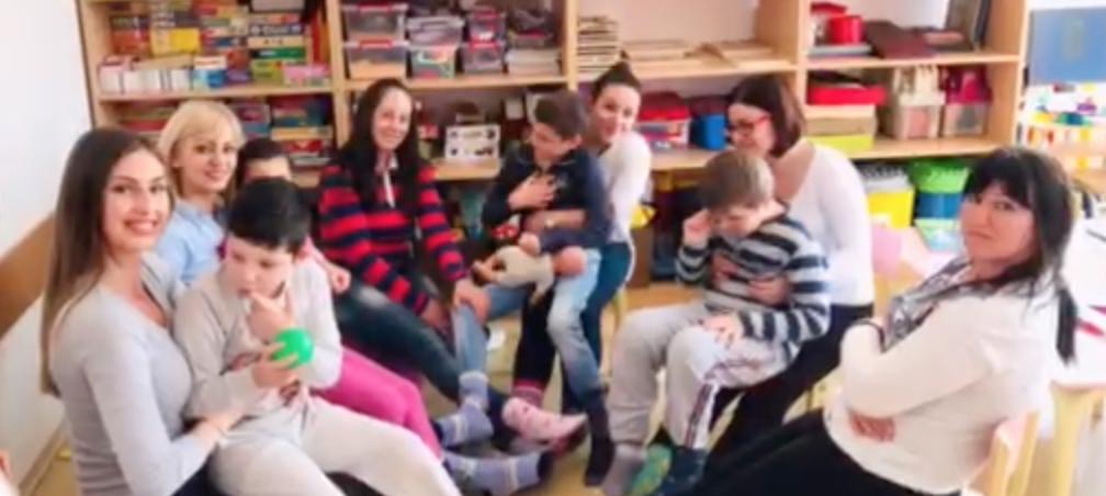Photo of Nošenjem različitih čarapa upućena podrška osobama sa Daunovim sindromom