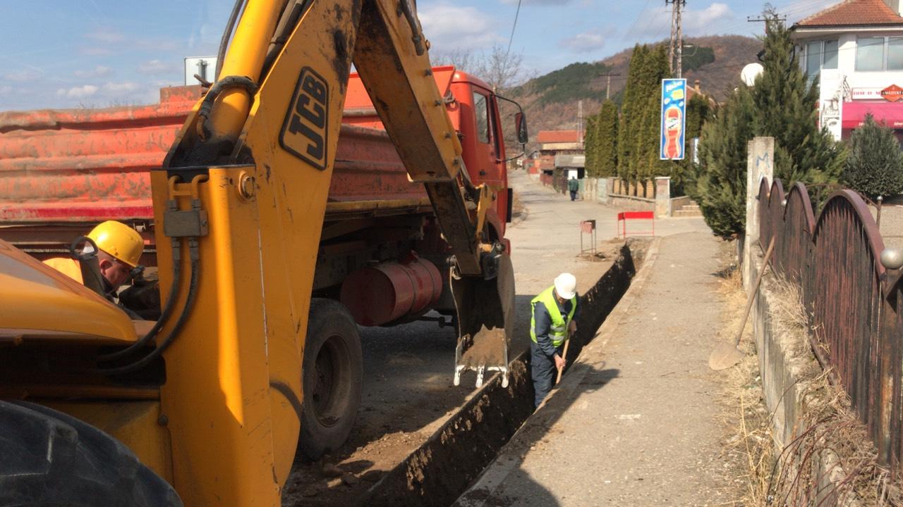 Photo of Obimni radovi u Radin Dolu, kompletna rekonstrukcija ulice Ruzmarina, nov asfalt a saniraće se i aktivno klizište