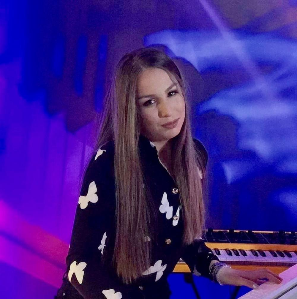 Photo of Naša mlada sugrađanka Mina Manić na putu uspeha