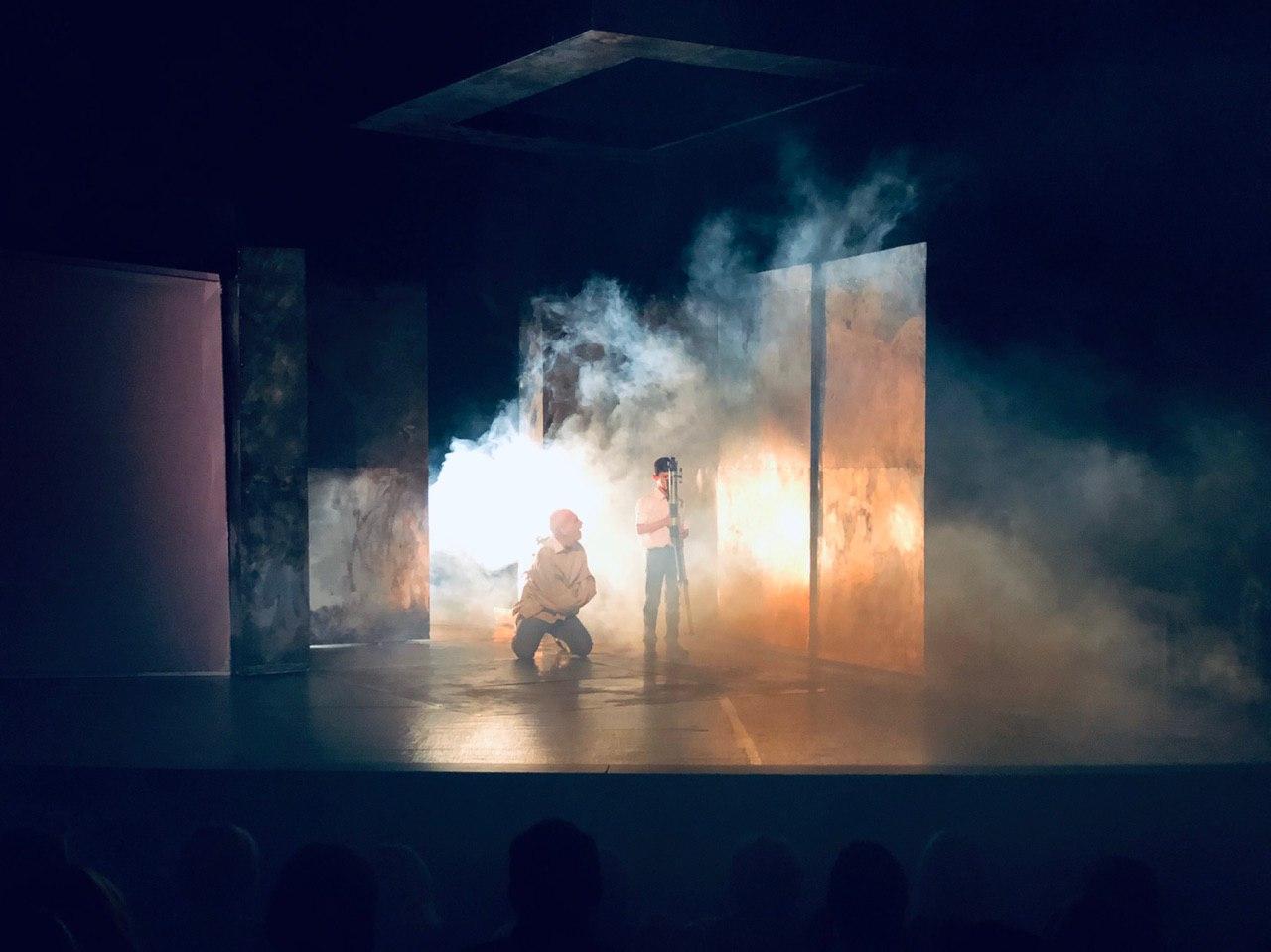 Photo of Pirotski ljubitelji teatra uživali uz predstavu leskovačkog pozorišta