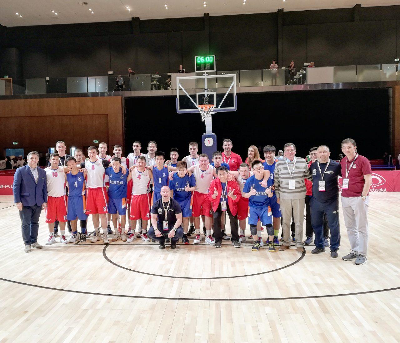 Photo of Spektakl na otvaranju Specijalne olimpijade na kojoj učestvuju i pirotski košarkaši. Srbija savladala Singapur u premijernom meču