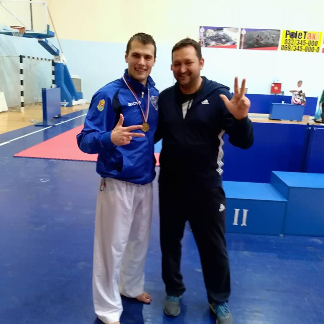 Photo of Uroš Mijalković po treći put seniorski prvak države u karateu. Još jedan istorijski uspeh pirotskog karatea