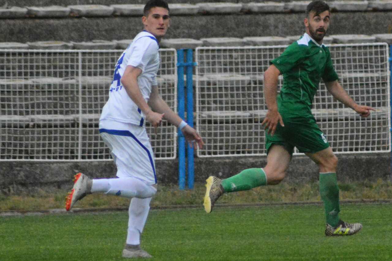 Photo of Petarda Radničkog protiv Jedinstva iz Paraćina
