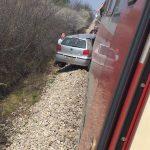 Voz udario u automobil kod Velikog Jovanovca
