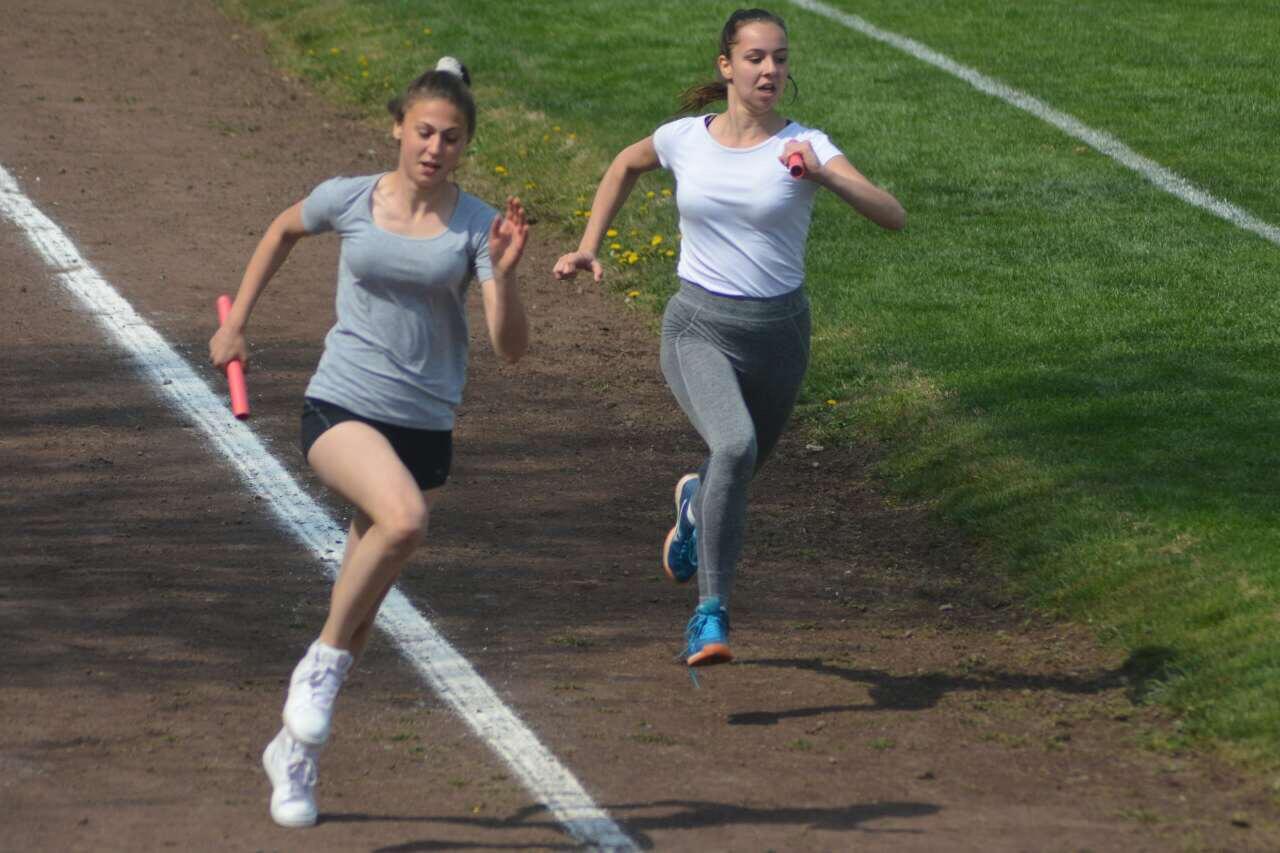 Photo of Mlade nade atletike na takmičenju u Pirotu