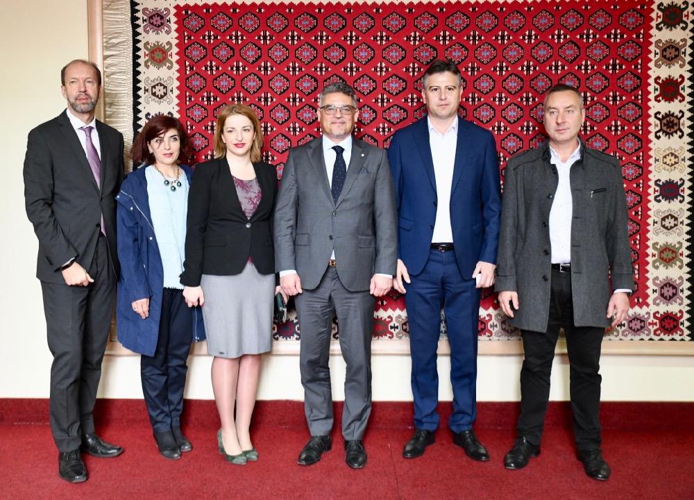 Photo of Ambasador Češke: Pirot je grad velike perspektive koji je mnogo napredovao poslednjih godina