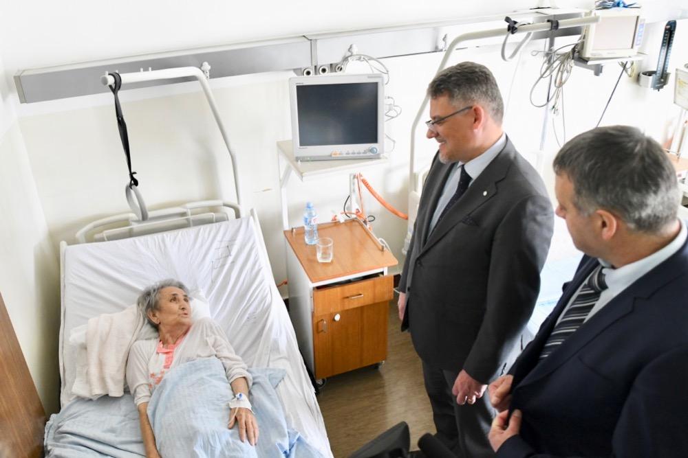 Photo of Vlada Češke preko donacije vredne 400.000 evra značajno poboljšala uslove u Opštoj bolnici Pirot