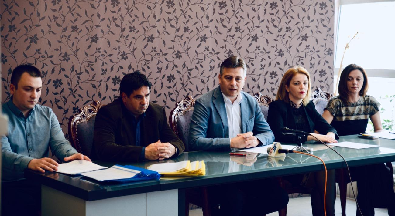 Photo of Podeljeni ugovori za realizaciju projekata nevladinih organizacija