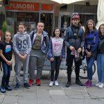 Poklonili 200 kompleta svetala biciklistima u Pirotu povodom Dana planete zemlje