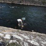 Mladi Piroćanci odgovorili vandalima - izvadili znakove iz reke i uputili snažnu poruku svima