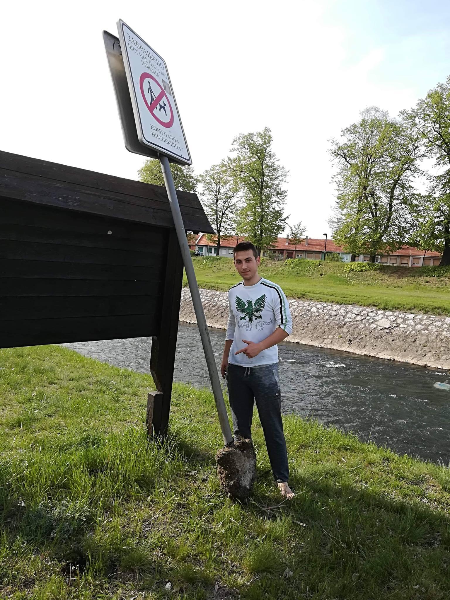 Photo of Grad odao priznanje našim sugrađanima koji su dali model za borbu protiv vandala. Na zlo odgovoriti dobrim, poručili Mirjana i Nikola