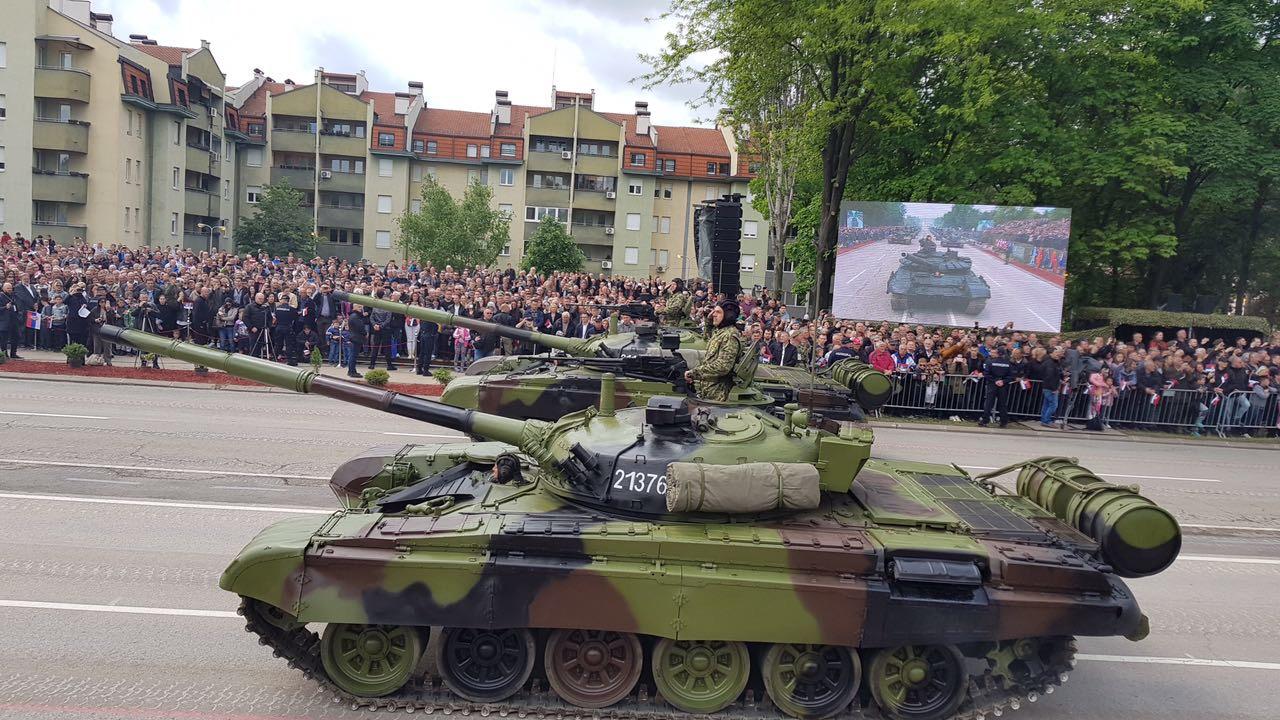 """Photo of Vasić na """"Odbrani slobode"""", prikazu vojnih sposobnosti naše zemlje u Nišu"""