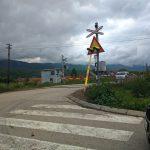 OPREZ: Polomljena rampa na pružnom prelazu