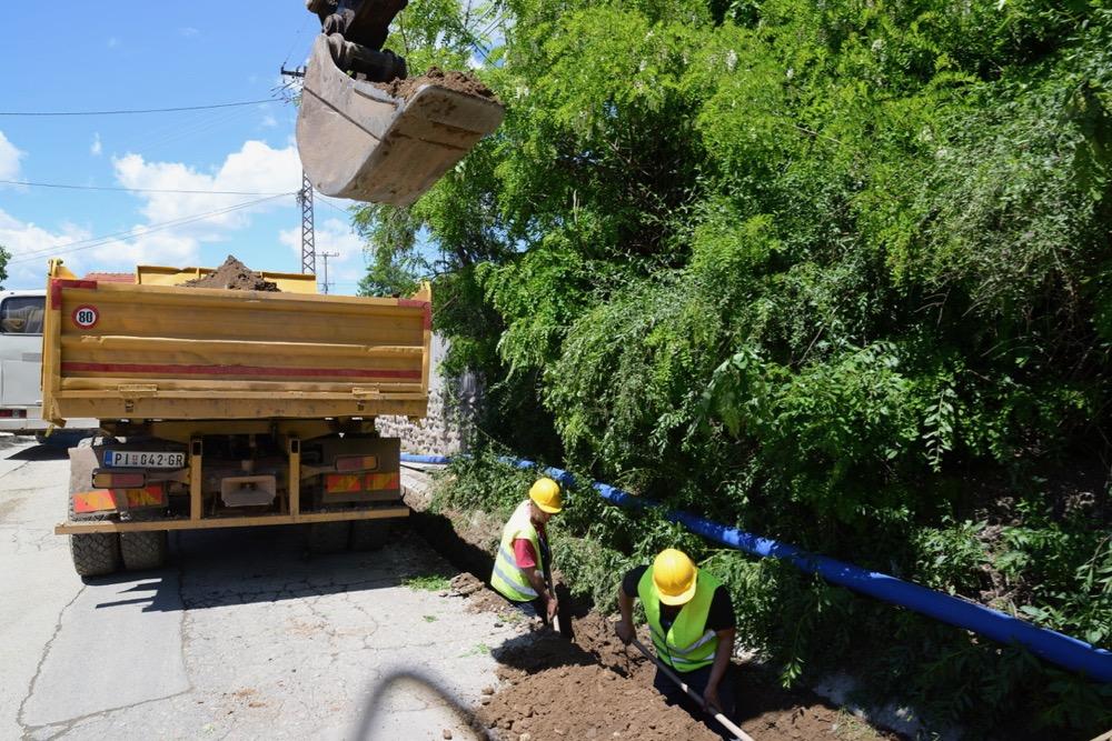 Photo of Radovi u naselju Đeram, renovira se ulica Berilovački put