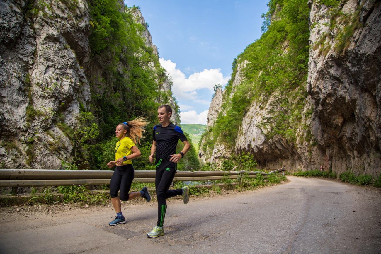 Photo of Zlatnim stazama Jerme trčalo više od 100 takmičara iz šest zemalja, među njima i olimpijci
