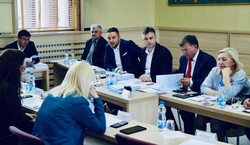 Photo of Gradski većnici usvojili završni račun, preko 300 miliona dinara uštede