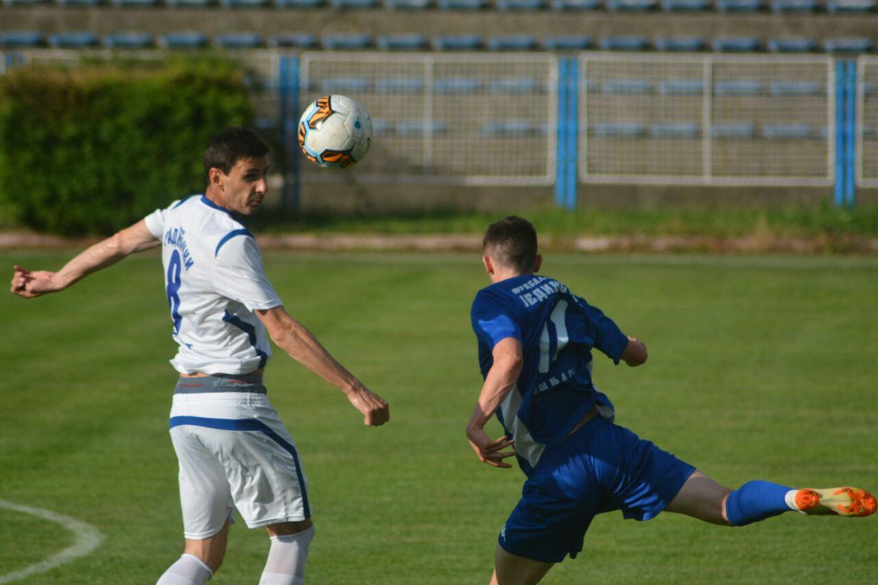 """Photo of Radnički """"petardom"""" ispratio Jedinstvo iz Pirota 5:0. Prva liga se smeši"""