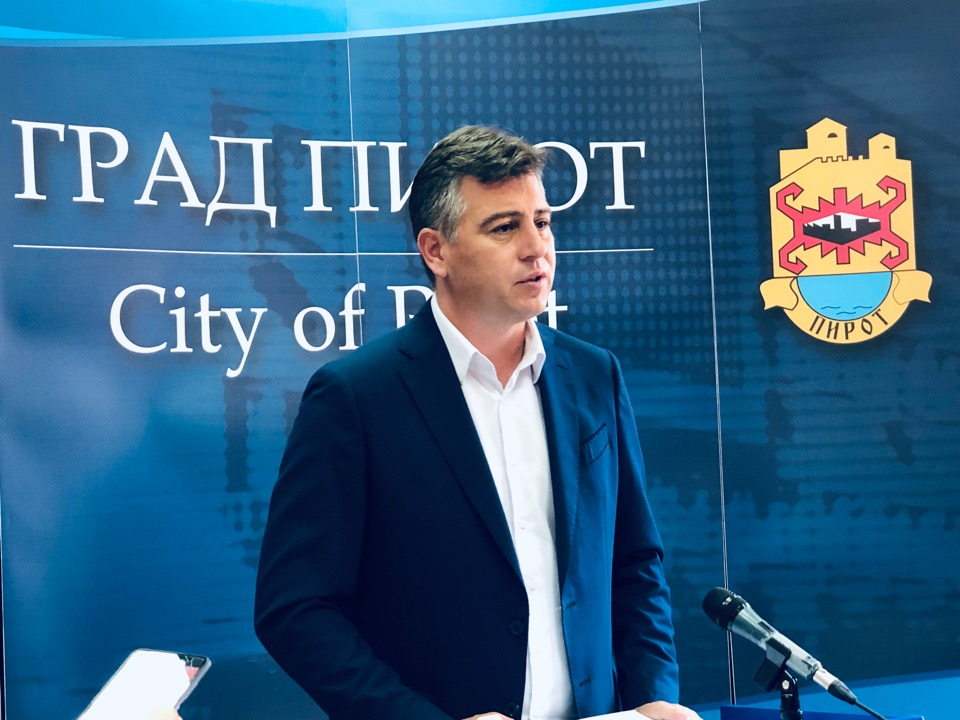Photo of Vasić: Još jedna uspešna poslovna godina za javna preduzeća. Poslovanje za primer