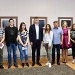 Grad Pirot nagradio učenike generacija svih pirotskih škola
