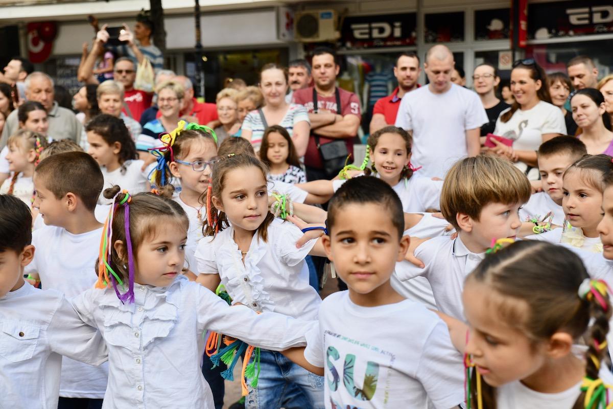Photo of I mladost Pirota slavila maturu – predškolci oduševili Piroćance svojim muzičkim igrama