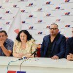 SNS u Babušnici jači za još tri odbornika. Pristupnice potpisali Dejan Lazarević, Zlatko Aleksić i Dalibor Jocić