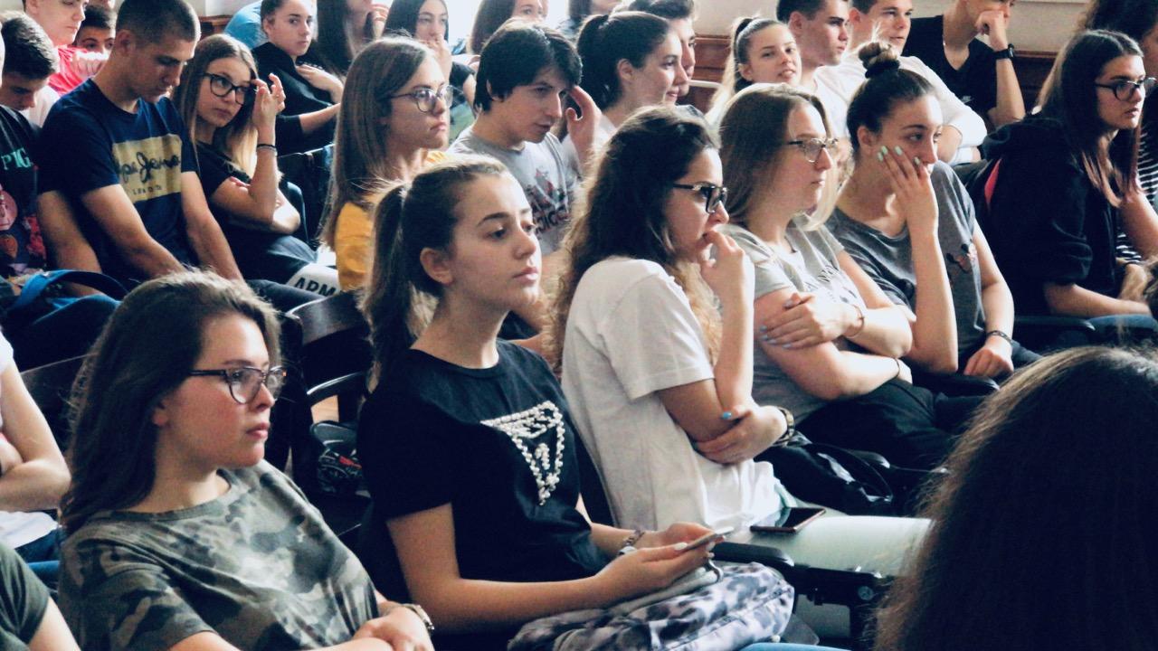 Photo of Učenici sa Novog Zelanda i Turske u pirotskoj Gimnaziji