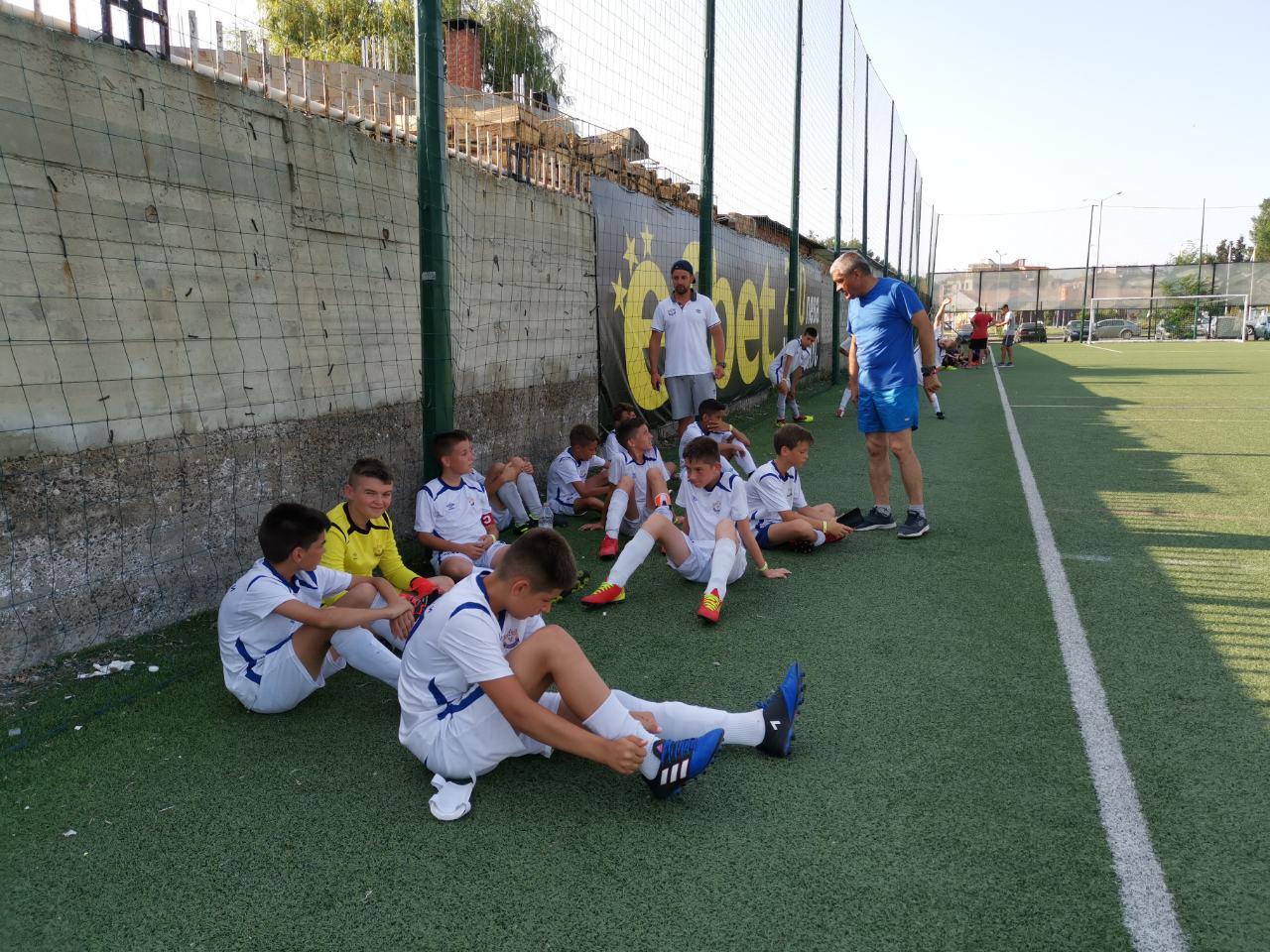 Photo of Mladi naraštaji Radničkog igraju izvanredno na veoma jakom turniru u Bugarskoj