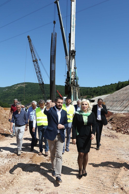 Photo of Mihajlovićeva na istočnom kraku Koridora 10: Došli smo da rešimo preostale probleme, ostalo još 1% radova