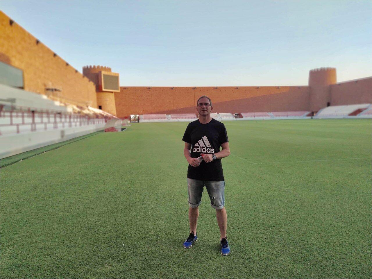 Photo of Još jedan pirotski fudbalski stručnjak karijeru nastavlja u Kataru. Milan Stavel u Al Šamalu
