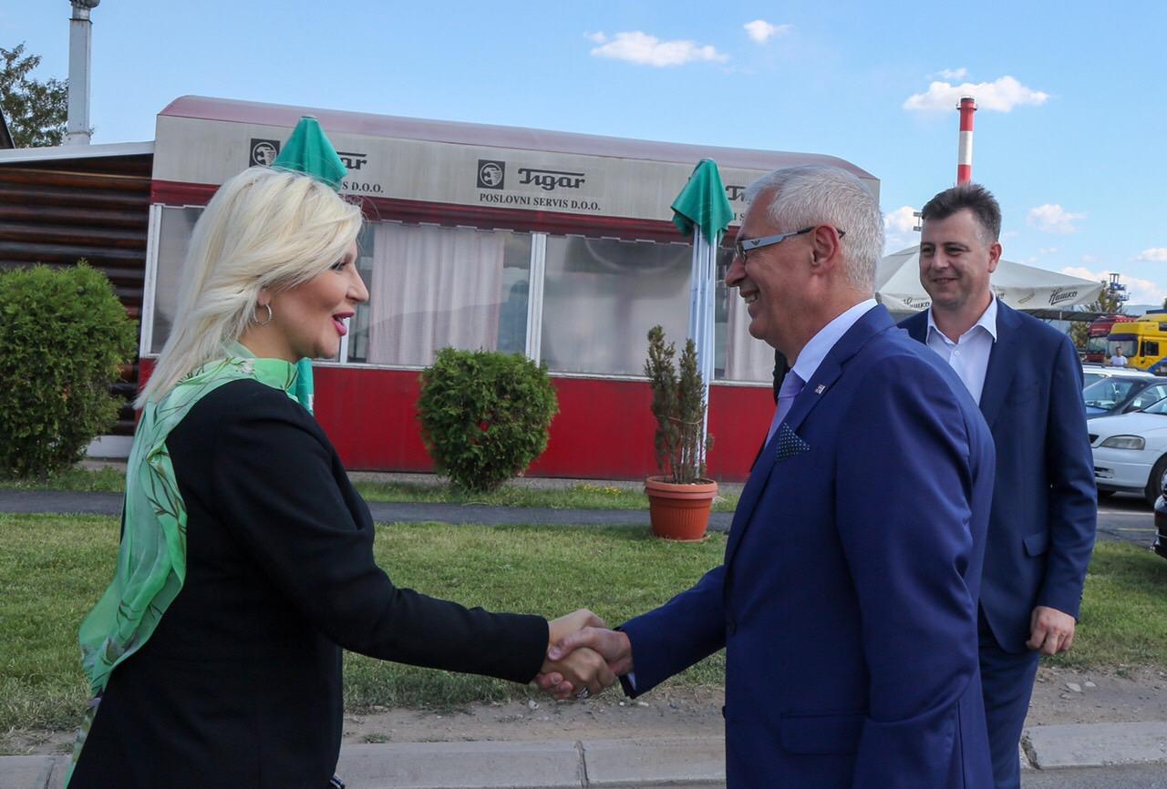 Photo of Mihajlovićeva posetila Slobodnu zonu Pirot: Velike mogućnosti za razvoj vodnog i intermodalnog transporta