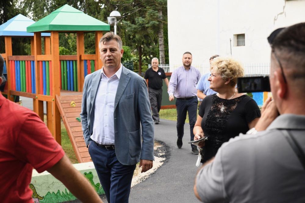 Photo of Vasić: Pirot će biti jedan od retkih gradova u Srbiji bez lista čekanja za vrtiće
