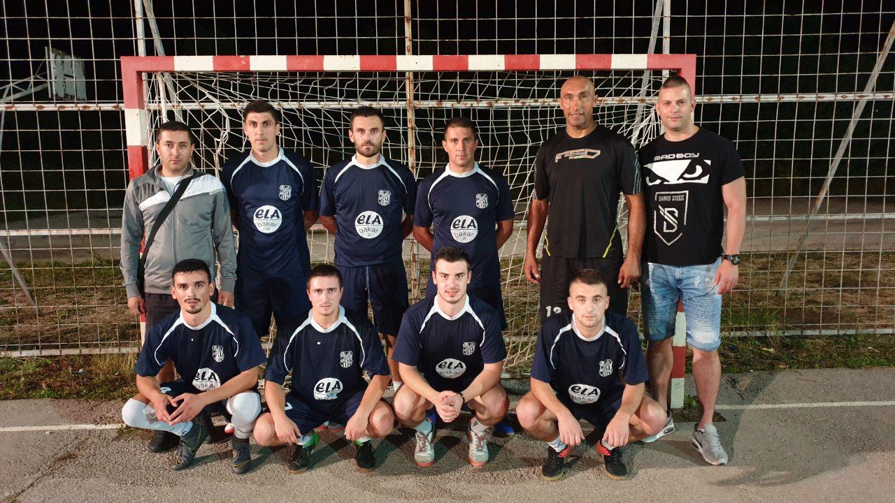 Photo of Fudbaleri Gnjilana nagradu od pobede na turniru doniraju za lečenje Nemanje Cvetkovića