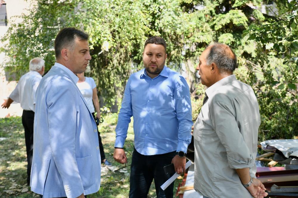 Photo of Vasić: Grad će pomoći sanaciju krova na zgradi u Ulici Branka Radičevića