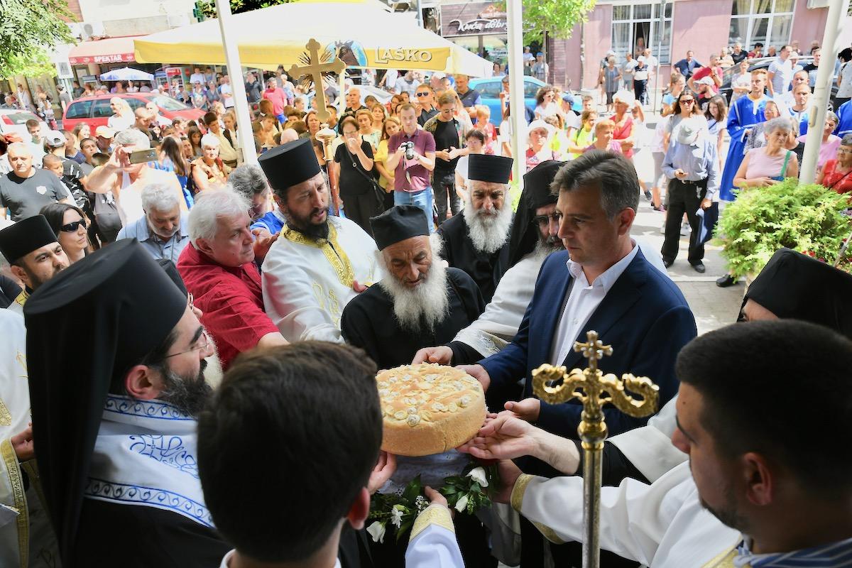 Photo of Vasić čestitao gradsku slavu Piroćancima, prvacima poželeo uspešnu školsku godinu