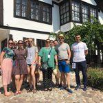 Folklorci iz Mađarske obišli Muzej Ponišavlja, oduševljeni onim što su videli