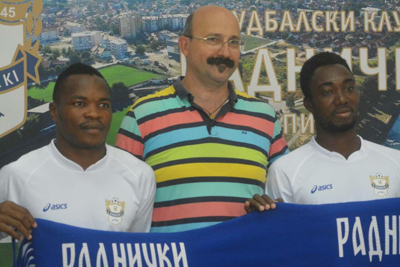 Photo of Beli sa pojačanjima iz Gane i Kameruna na megdan fenomenalnoj ekipi Žarkova