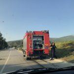 Požar pored pruge. Brza intervencija vatrogasaca