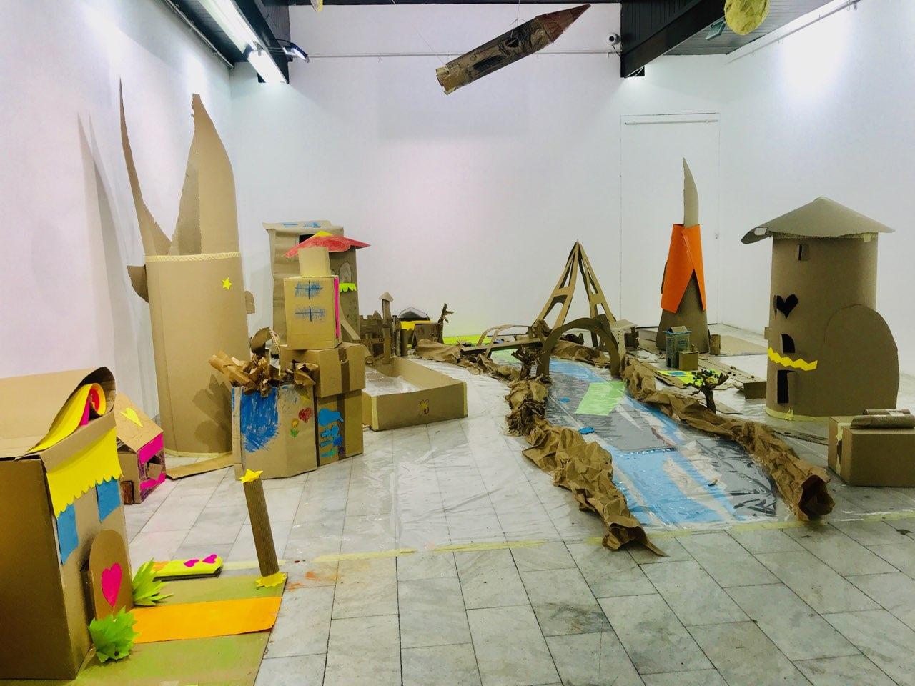 """Photo of """"Kad bi deca gradila grad"""" – izložba kreativnih mališana u pirotskoj Galeriji"""