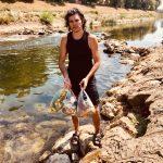 Piroćanac čisti korito Nišave od smeća: Nalazio čitave baštenske stolice u koritu reke
