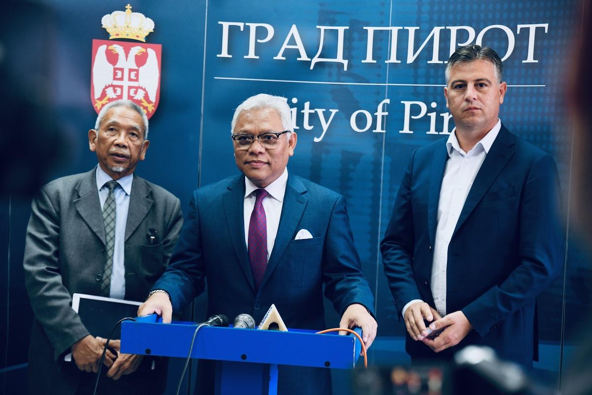 Photo of Ambasador Indonezije u Pirotu, poseta Slobodnoj zoni Pirot, Tigru AD