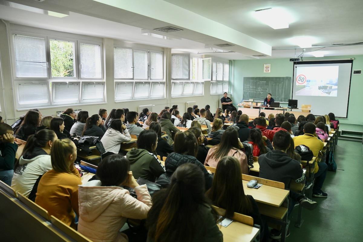 Photo of Evropska nedelja mobilnosti: Predavanja srednjoškolcima Tehničke škole
