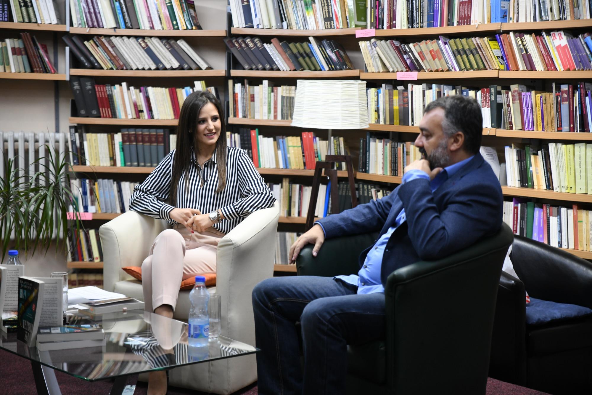 """Photo of """"Vetrovi zla"""" i """"Gvozdeni oblaci"""" – promovisane knjige Branislava Jankovića"""