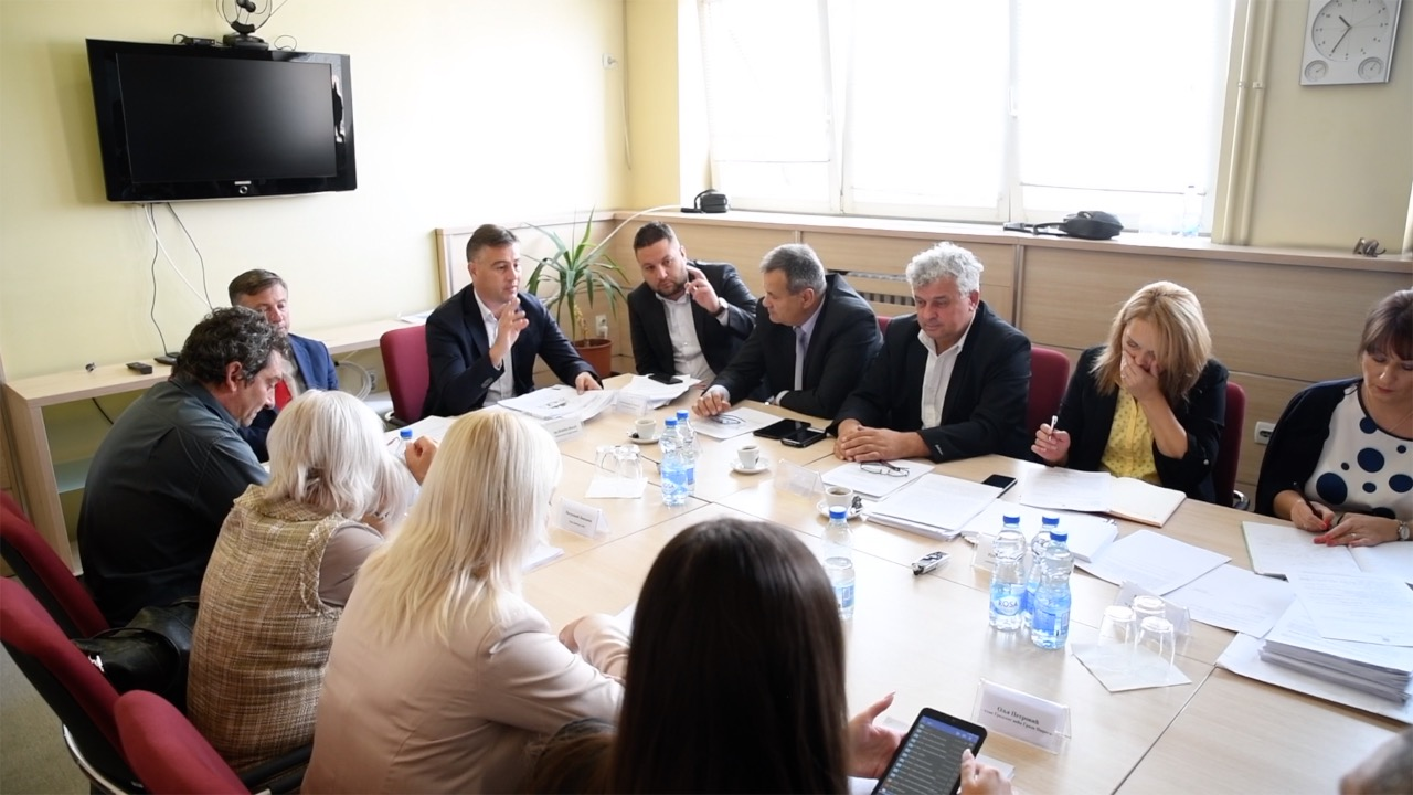 Photo of Održana sednica Gradskog veća. Od decembra bez liste čekanja za upis u vrtiće?