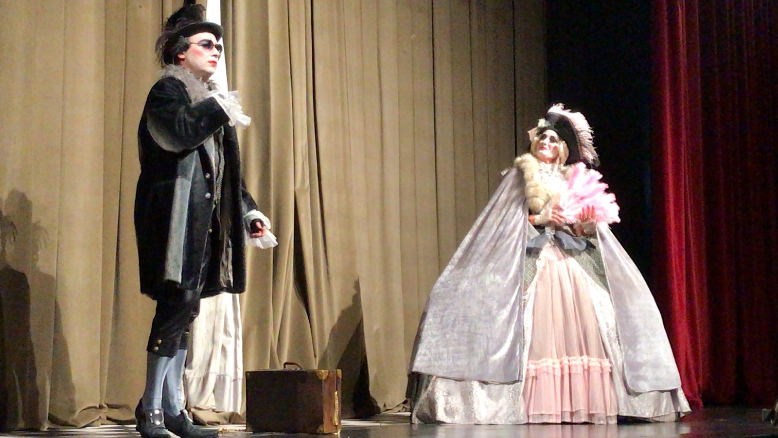 Photo of Carevo novo odelo – predstava koja je oduševila pirotske mališane