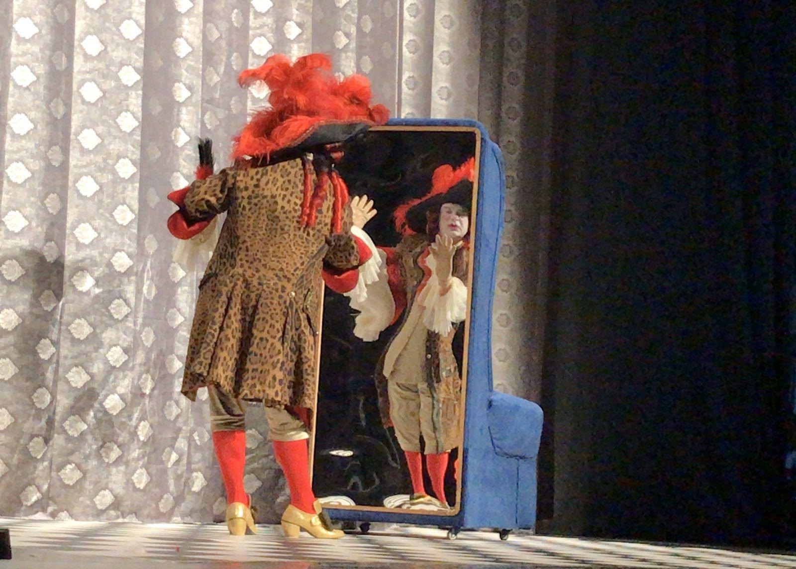 """Photo of Povodom Svetskog dana pozorišta na sceni """"Kako smo spremali gospođu ministarku"""""""