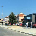 Završava se trotoar u ulici Srpskih vladara.