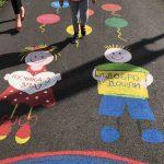 Vaspitačice Predškolske ustanove tokom vikenda ukrasile dvorište vrtića Lane i Bambi. Mališani oduševljeni prizorom!